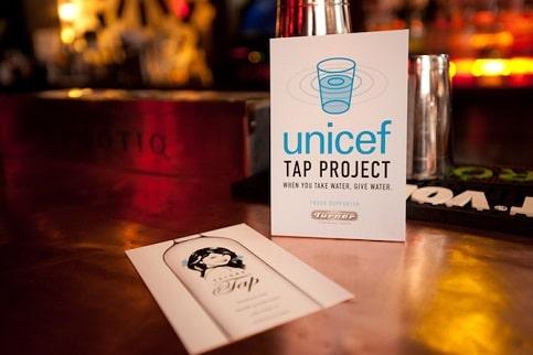 طرح تبلیغاتی UNICEF برای جمع کردن کمک از مشتریان رستورانها در سال 2007